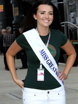 Miss Great Britain Amy Carrier