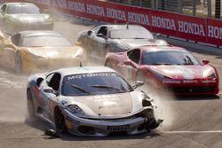 Start: #454 Ferrari of Ft. Lauderdale Ferrari F430 Challenge: Rob Metka crashes