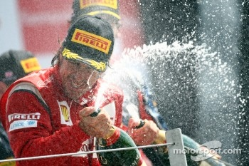 Ferrari must keep their feet on the ground says Luca di Montezemolo