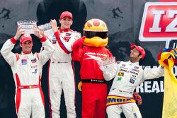 Podium: race winner Stefan Wilson, Andretti Autosport, second place Peter Dempsey, Andretti Autosport, third place Gustavo Yacaman, Team Moore Racing
