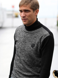 Vitaly Petrov, Lotus Renault GP