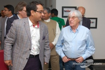 Bernie Ecclestone visits Buddh International Circuit