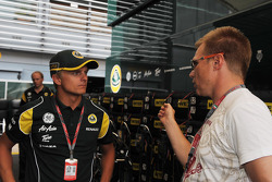 Heikki Kovalainen, Team Lotus, Mika Salo