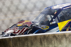 Kasey Kahne, Red Bull Racing Team Toyota hits the wall