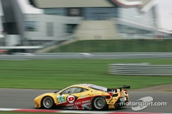 #66 JMW Motorsport Ferrari F458 Italia: Rob Bell, James Walker
