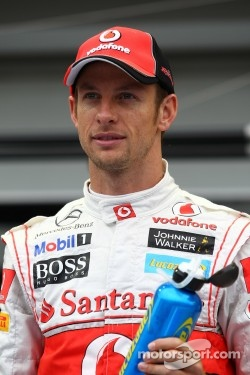 Jenson Button signed multi-year contract with McLaren
