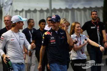 Nico Rosberg, Mercedes GP F1 Team and Sebastian Vettel, Red Bull Racing