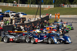 #7 Peugeot Sport Total Peugeot 908: Anthony Davidson, Sébastien Bourdais, Simon Pagenaud heads the field to pace lap