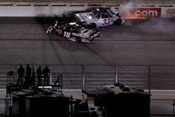 Kyle Busch takes out Ron Hornaday
