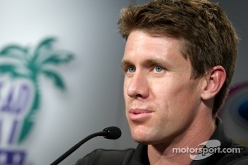 Championship contenders press conference: NASCAR Spint Cup Series contender Carl Edwards