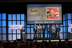 Kevin Harvick, Matt Kenseth, Brad Keselowski, Jimmie Johnson, Dale Earnhardt Jr., Jeff Gordon, Denny Hamlin, Ryan Newman, Kyle Busch and Kurt Busch