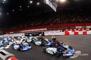 Start Stars Final Race 2. Palais Omnisport de Paris-Bercy.