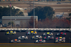 Matt Kenseth, Roush Fenway Racing Ford and Mark Martin, Michael Waltrip Racing Toyota lead the pack
