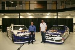 Mark Martin and Michael Waltrip, Michael Waltrip Racing Toyota