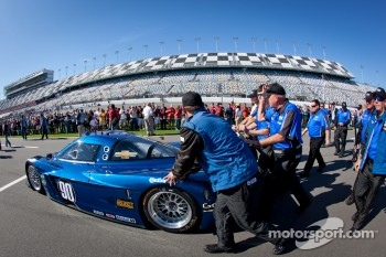 #90 Spirit of Daytona Corvette DP rolled to the starting grid