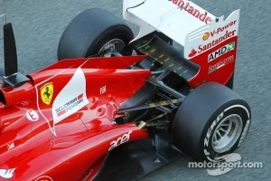 Ferrari has problems with exhaust layout