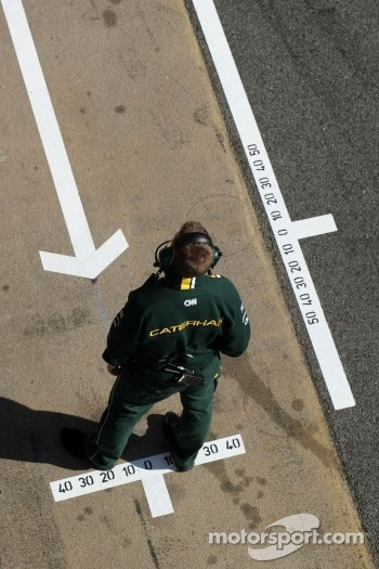 Caterham F1 Team mechanic