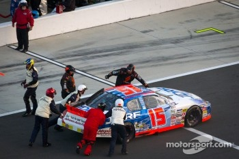 Pit stop for Ryan Reed