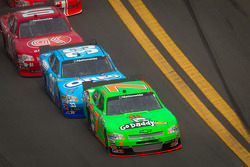 Danica Patrick, JR Motorsports Chevrolet and Tony Stewart, Richard Childress Racing Chevrolet