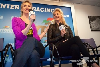 Press conference: Grand Marshals Jane Lynch and Kate Upton