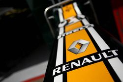 Caterham F1 Team, Renault
