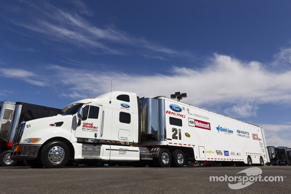 The hauler of Trevor Bayne