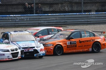 Alexey Dudukalo, SEAT León WTCC, Lukoil Racing Team, Norbert Michelisz, BMW 320 TC, Zengö Motorsport and James Nash, Ford Focus S2000 TC, Team Aon