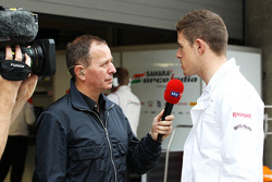 Martin Brundle, Sky Sports Commentator with Paul di Resta, Sahara Force India F1