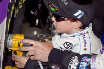 Kieran Wittstruck works on Denny Hamlin's car