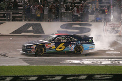 Race winner Ricky Stenhouse Jr., Roush Fenway Ford