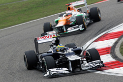 Bruno Senna, Williams with damaged front wing