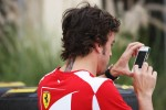 Tattoo on the neck of Fernando Alonso, Scuderia Ferrari