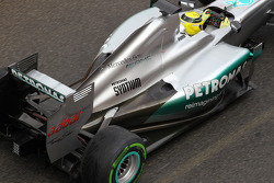 Nico Rosberg, Mercedes AMG Petronas rear wing and exhaust