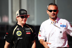 Kimi Raikkonen, Lotus F1 Team with Beat Zehnder, Sauber F1 Team Manager
