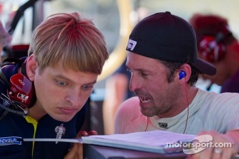 Patrick Dempsey debriefing with one of his engineers