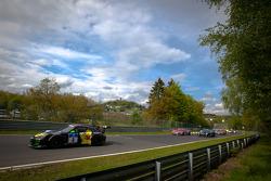 Formation lap: #8 Haribo Racing Team Porsche 911 GT3 R: Christian Menzel, Emmanuel Collard, Mike Stursberg, Hans Guido Riegel