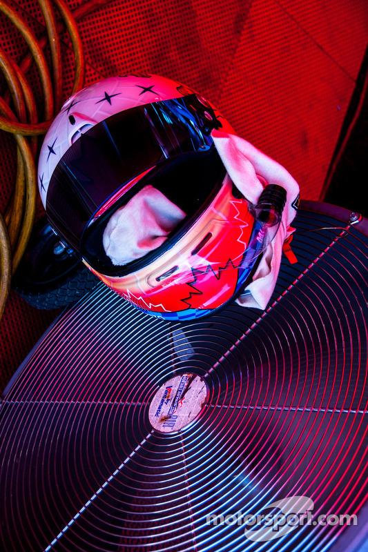 #007 Helmet Detail