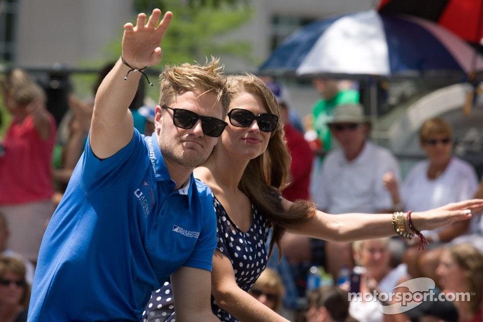 Indy 500 festival parade: James Jakes, Dale Coyne Racing Honda