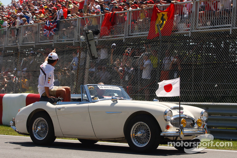 Kamui Kobayashi, Sauber on the drivers parade