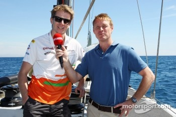 Nico Hulkenberg, Sahara Force India F1 with Simon Lazenby, Sky Sports F1 TV Presenter on the Aethra America's Cup Boat