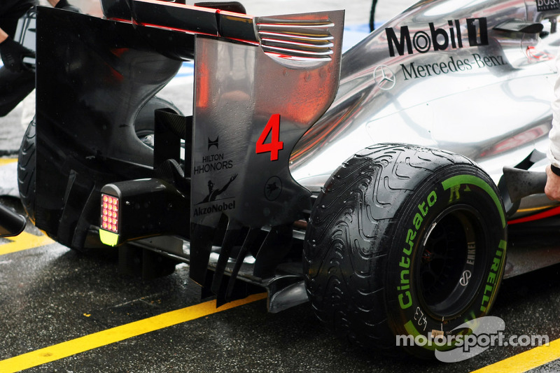 McLaren rear wing detail