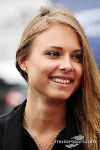 Dasha Kapustina, the girlfriend of Fernando Alonso, Ferrari