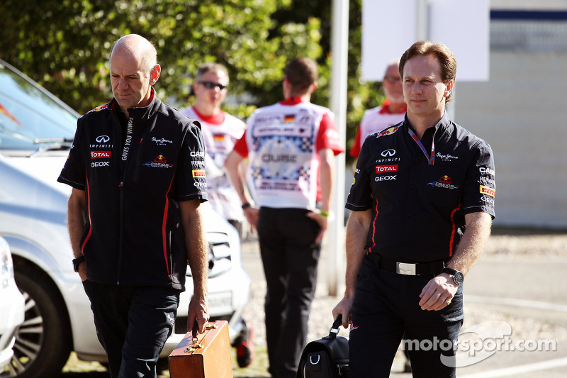 Adrian Newey, Red Bull Racing Chief Technical Officer arrives at the circuit with Christian Horner, Red Bull Racing Team Principal