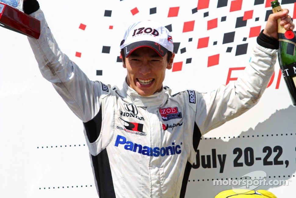 Victory lane: second place Takuma Sato, Rahal Letterman Lanigan Honda