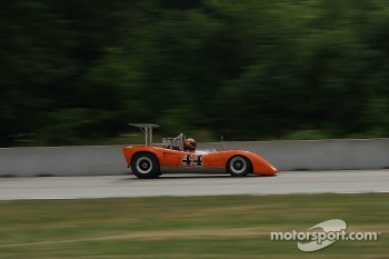 #44 1970 Lola T165 : Jim Ferro 
