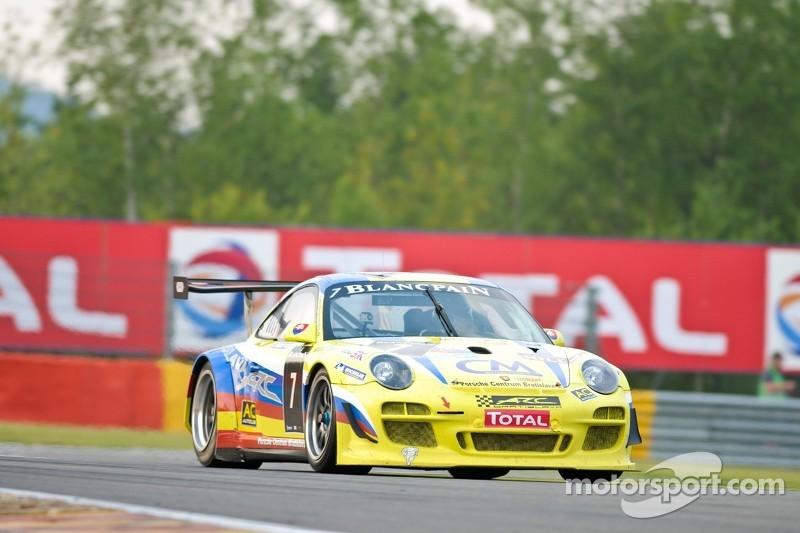 #7 ARC Bratislava Porsche 997 GT3 R: Miroslav Konopka, Stefano Crotti, Zdeno Mikulasko, Christoff Corten