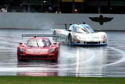 #99 GAINSCO/Bob Stallings Racing Corvette DP: Jon Fogarty, Alex Gurney and #10 SunTrust Racing Corvette DP: Max Angelelli, Ricky Taylor