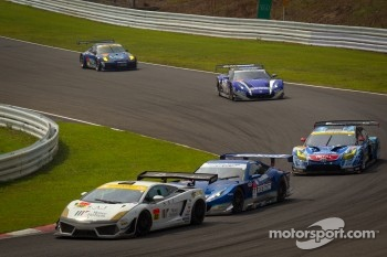 #88 JLOC Lamborghini Gallardo LP600+ GT3: Manabu Orido, Takayuki Aoki, #17 Keihin Real Racing Honda HSV-010 GT: Toshihiro Kaneishi, Koudai Tsukakoshi, #31 APR Toyota Prius: Morio Nitta, Koki Saga
