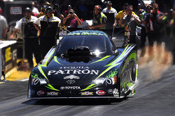 Alexis Dejoria special feature