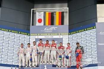 Overall podium: race winners Andre Lotterer, Benoit Trluyer, Marcel Fssler, second place Nicolas Lapierre, Kazuki Nakajima, Alexander Wurz, third place Allan McNish, Tom Kristensen
